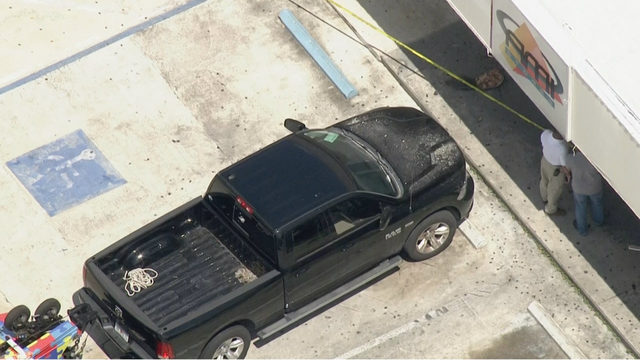 WPLG: Pickup truck crashes into Fort Lauderdale gas station