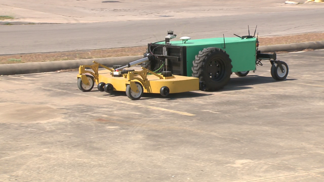TECH SA: Local startup develops autonomous electric tractors
