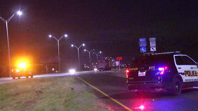 Man running across highway struck by 18-wheeler, police say