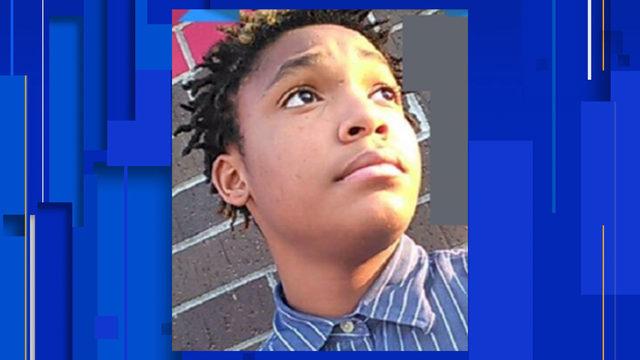 Teen slain after answering late-night door knock in San Antonio, police say
