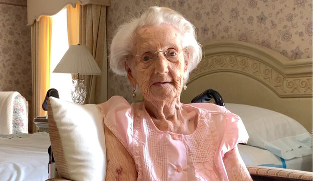 One of the last living WWII female veterans turns 104 in San Antonio