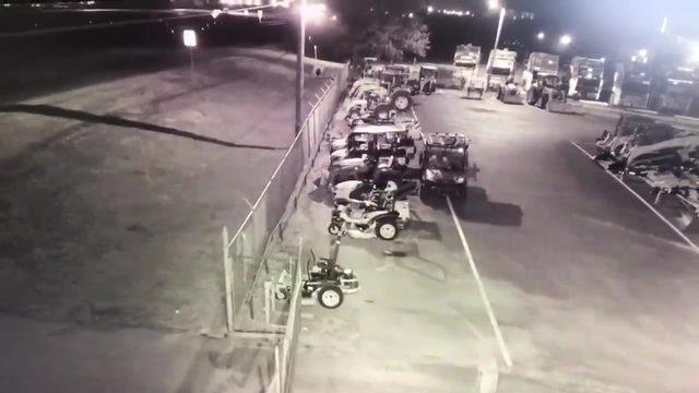 VIDEO: Burglars drive tractor through fence in Seguin