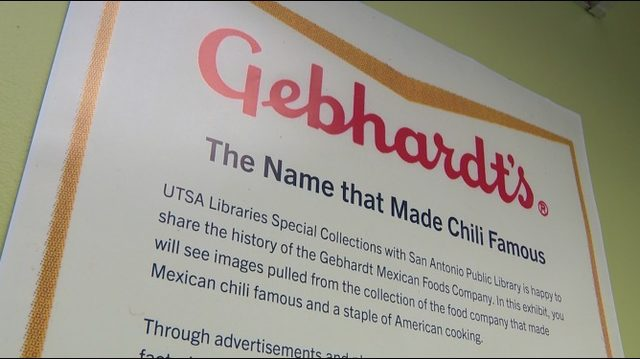 Who invented chili powder used in Tex-Mex cuisine?