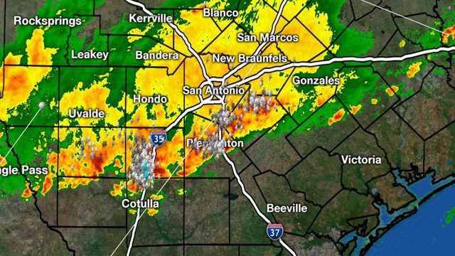 KSAT Weather: Flooding could be issue during morning commute