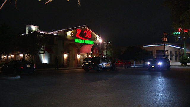 Robber ties up restaurant employee, steals cash from safe, police say